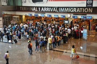 A Social Alloying Model for Immigration